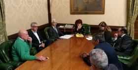 Massimo Carpinelli firma il protocollo d'intesa per Einstein Telescope