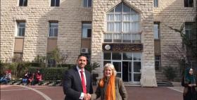 Gabriella Ferranti dell'Università di Sassari e Shadi Abuzarqa della Università Al Quds di Gerusalemme