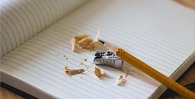 Immagina di una matita e foglio