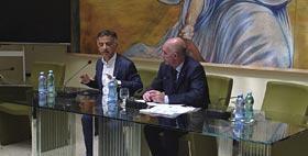 Immagine dei relatori alla tavola rotonda