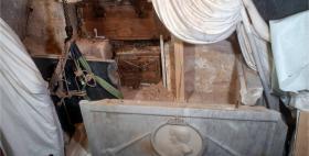tomba_del_conte_di_moriana_duomo_di_sassari_durante il restauro