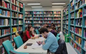 Foto Biblioteca Medicina