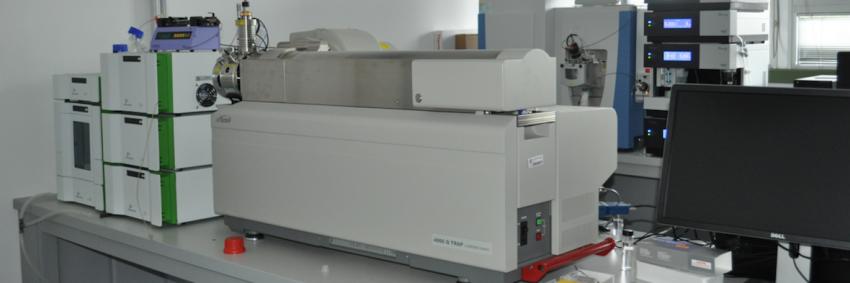Cromatografo liquido a pressioni ultraelevate (UHPLC)